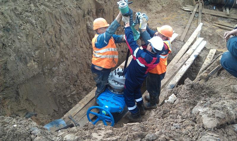 Врезка<br>в водопровод<br>под давлением